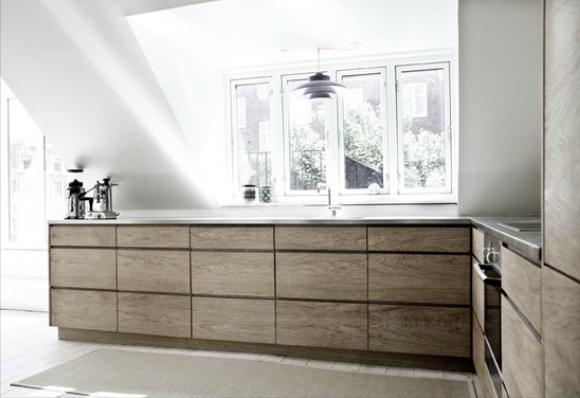 De keuken is het hart van het huis - Hout en witte keuken ...