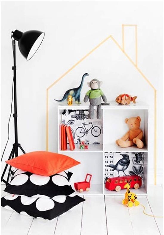 masking-washi-tape-wall-decor-frame-house-diy
