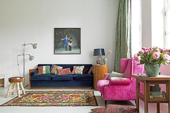 Rozenkelims en recoloured vloerkleden geven kleur aan jouw interieur interieur design by - Size tapijt in de woonkamer ...