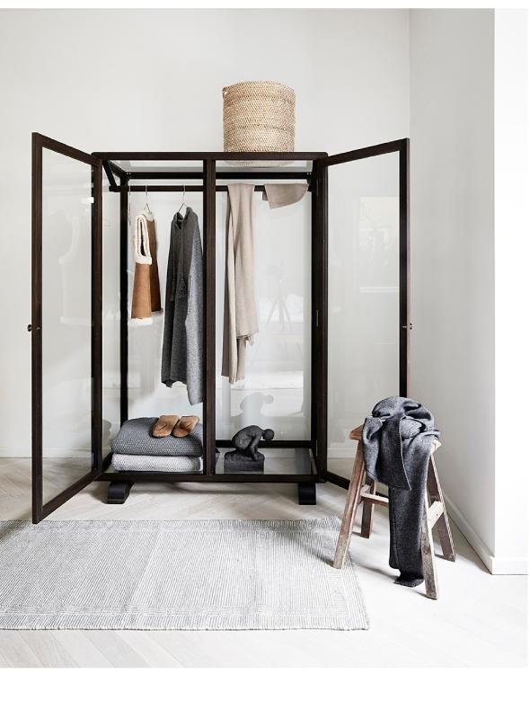 Maak je eigen in walk in closet interieur design by nicole fleur - Accessoire dressing ikea ...