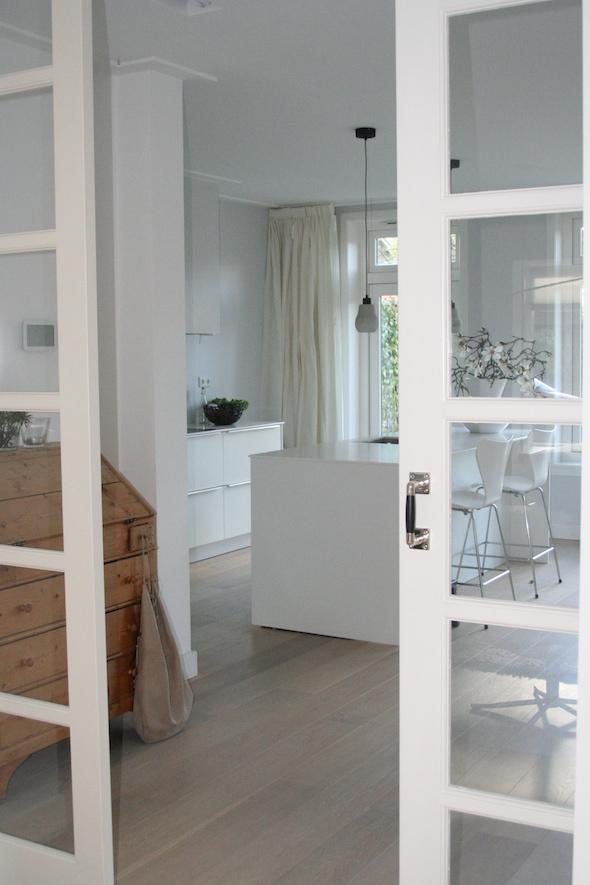 Kamer en suite in jaren 30 woning interieur design by nicole fleur - Kamer inrichting ...