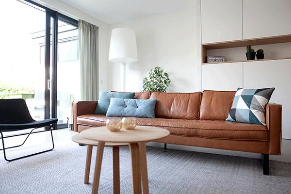https://www.interieurdesign.nu/wp-content/uploads/2015/09/Een-gerestylde-woonkamer-in-IJburg_2.png